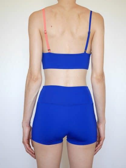 short maillot de bain yoga historia natural